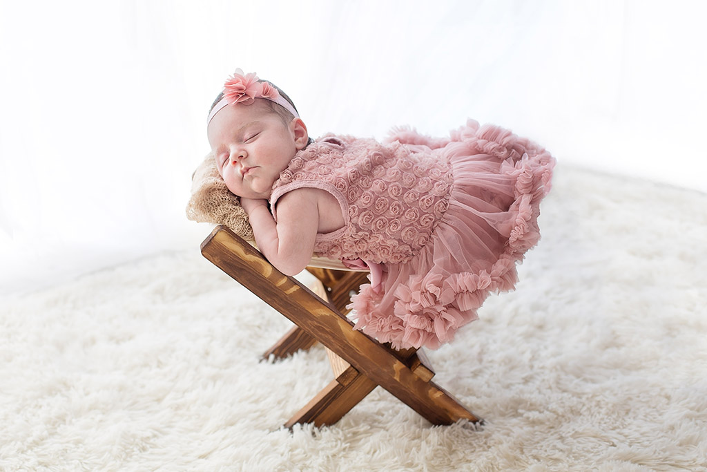 Nouveau-né Châteaudun : séance photo bébé par Aurélie Coquan Photographe à Châteaudun